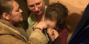 Vicdansız anne 5 yaşındaki çocuğu terk edilmiş eve kilitledi