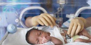 Bebeği erken doğan annelere önemli uyarı!