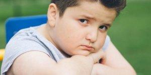 'Kilolu çocuğu diyete sokmayın'