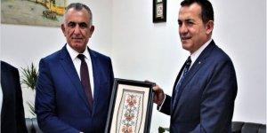 ÇAVUŞOĞLU, ÖZYİĞİT'İ KABUL ETTİ