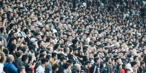 Beşiktaş ve Galatasaray'a tribün kapatma cezası