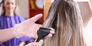 Saçlarınız boyadan sertleştiyse dikkat!