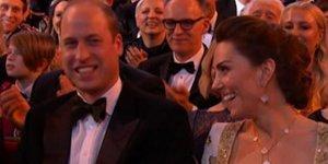 Harry göndermesi William ve Kate'i kahkahaya boğdu!