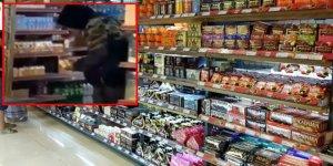Koronavirüsü bulaştırmak için market raflarındaki ürünleri tek tek yaladı