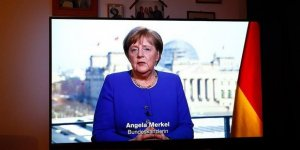 Angela Merkel'in corona virüsü testi sonucu belli oldu