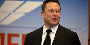 Neuralink: Elon Musk beynine çip takılan domuzu tanıttı
