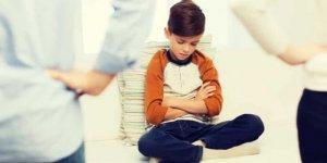 Ebeveynlerin stres karşısında sergiledikleri davranışlar çocukları etkiliyor