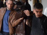 POLİS MEMURUNU ARACIYLA 10 METRE SÜRÜKLEDİ!