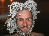 - 30 Derecede Saçları Buz Tuttu!