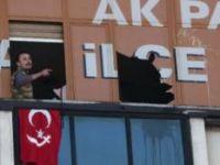 AK PARTİ KARTAL İLÇE BİNASINA SİLAHLI BASKIN