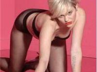 Miley Cyrus Türk Sevgilisiyle Öpüşme Resimlerini Attı!