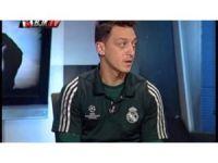 Mesut Özil BJK TV'nin Stüdyo Konuğu Oldu