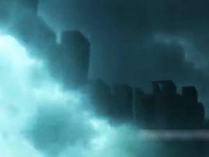 Bulutların arasında ilginç görüntü